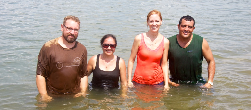 Phil, Monica, Jen, and Ivanildo - the baptizers. (They paired up so there was one fluent Portuguese speaker per team).